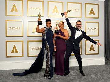 Sergio López, gana el Óscar al mejor maquillaje por 'La madre del blues'