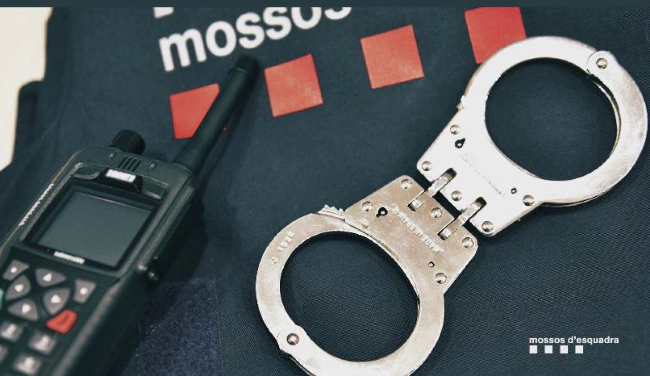 Detenido un hombre en Bisbal del Penedés como presunto autor del crimen machista de su pareja a la que quemó en su casa