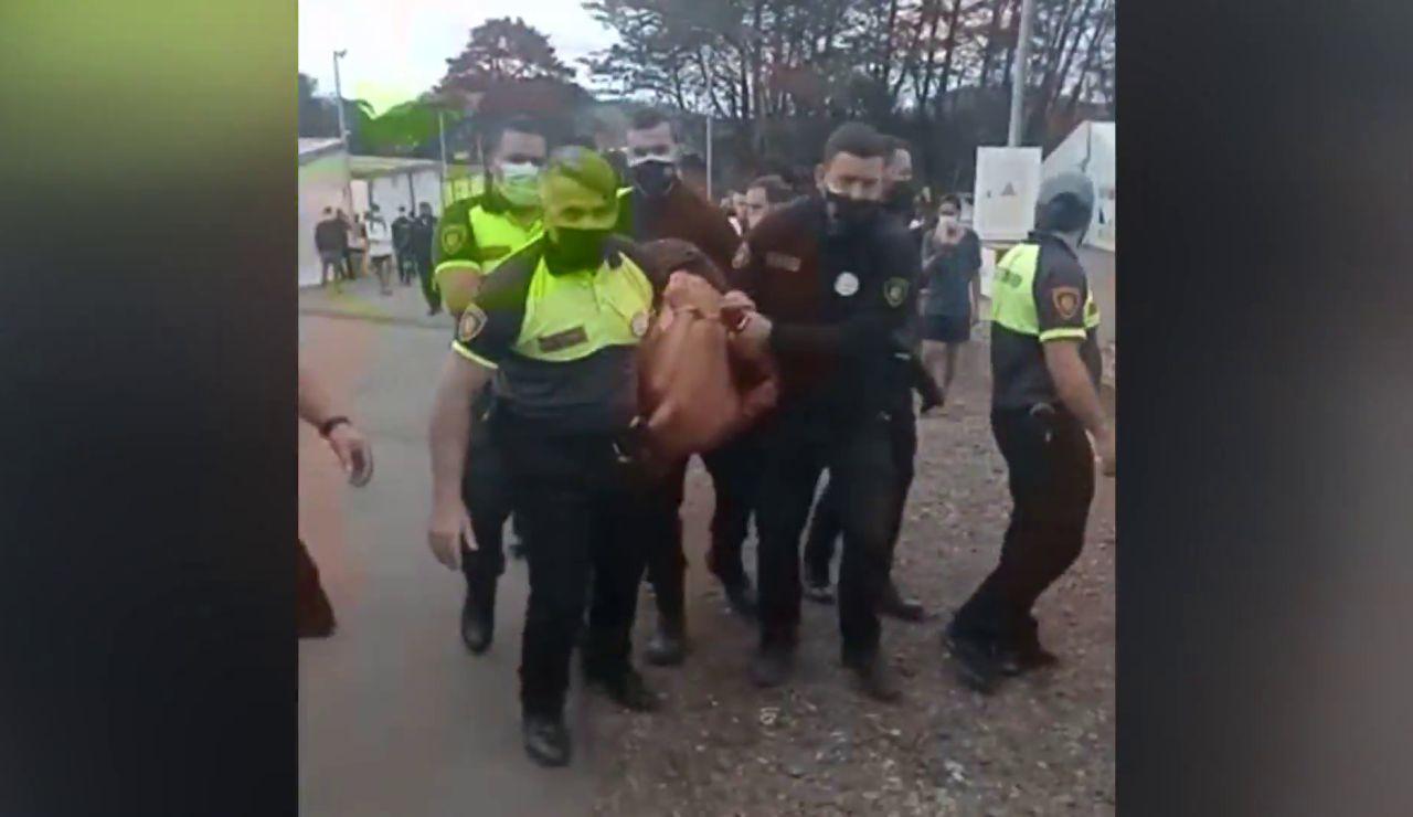 Detención de un migrante en Las Raíces