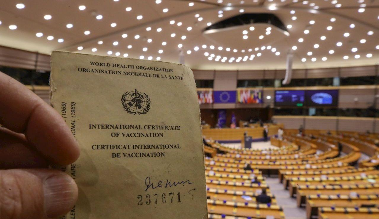 El Parlamento Europeo vota sobre el pasaporte COVID enfrentado a los Estados miembros