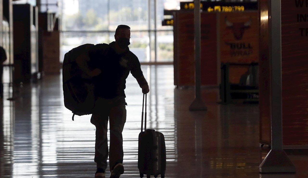 Zona de llegadas de la Terminal 4 del Aeropuerto de Madrid-Barajas Adolfo Suárez