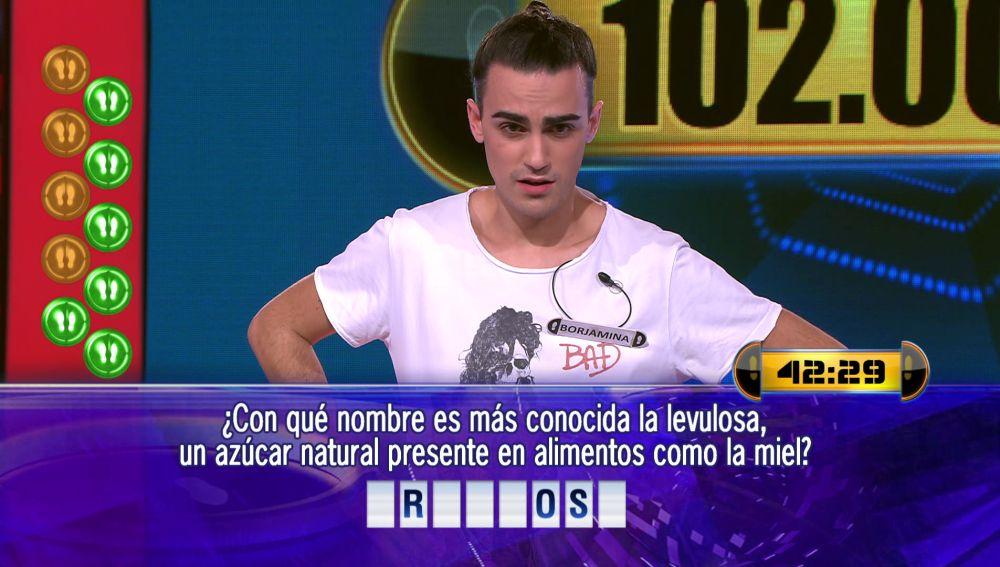 A dos preguntas y medio minuto por delante: Borja juega por 102.000 euros el Duelo Final de '¡Ahora caigo!'