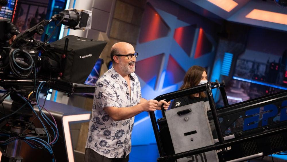 ¡A los mandos! Javier Cámara, más cámara que nunca en 'El Hormiguero 3.0'