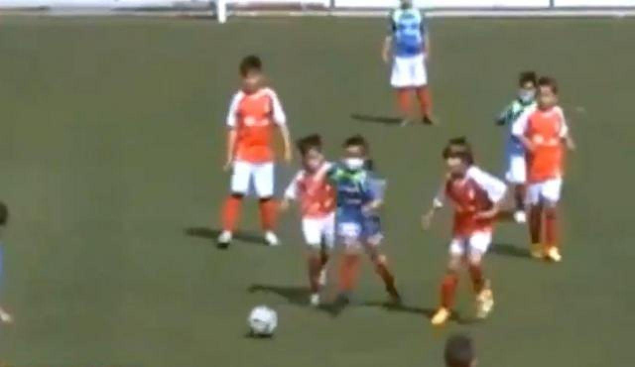 El golazo de Paul Murillo, la única niña que juega en el benjamines del CF Campanario