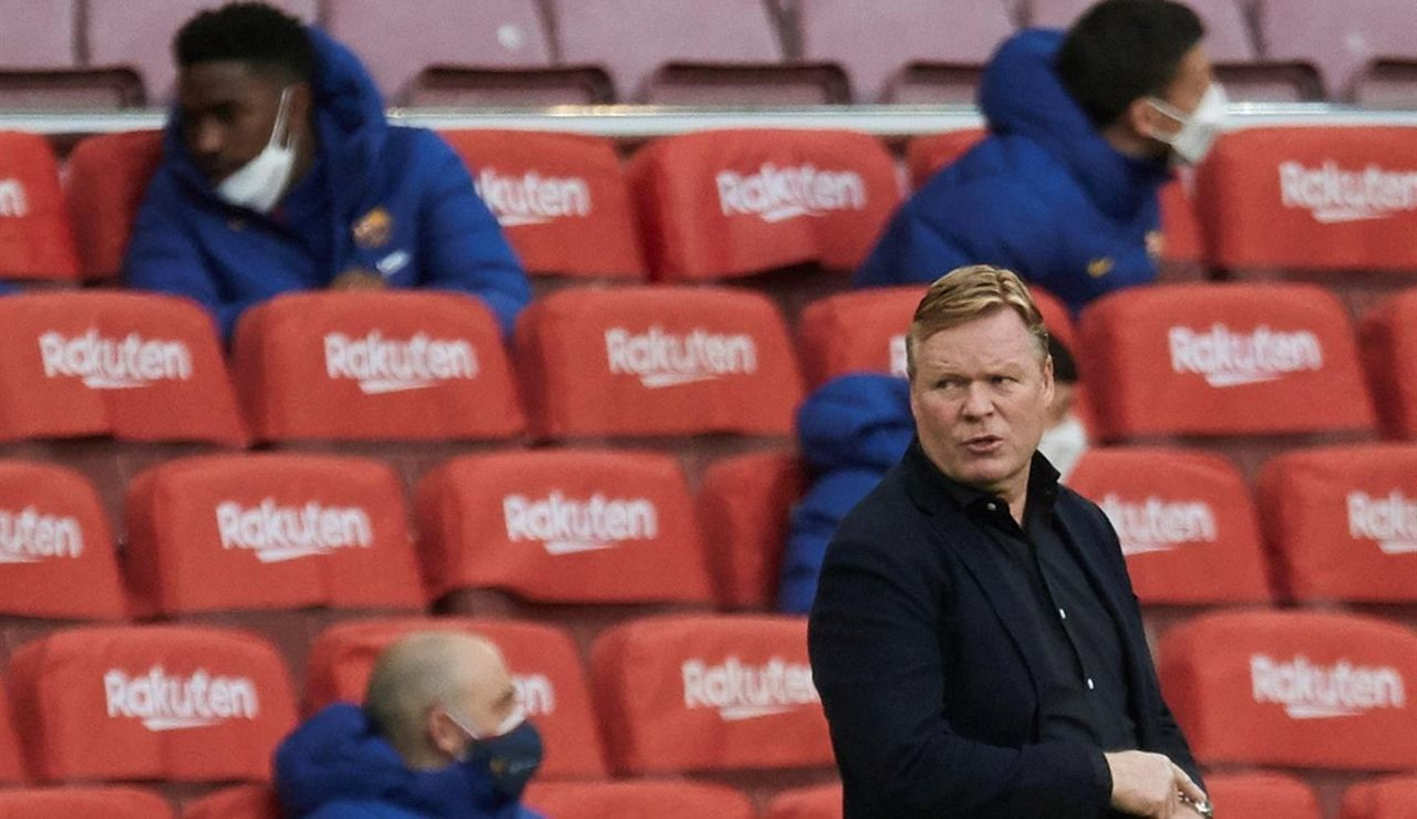 """Koeman fue expulsado en el partido ante el Granada por llamar ·personaje"""" al cuarto árbitro"""
