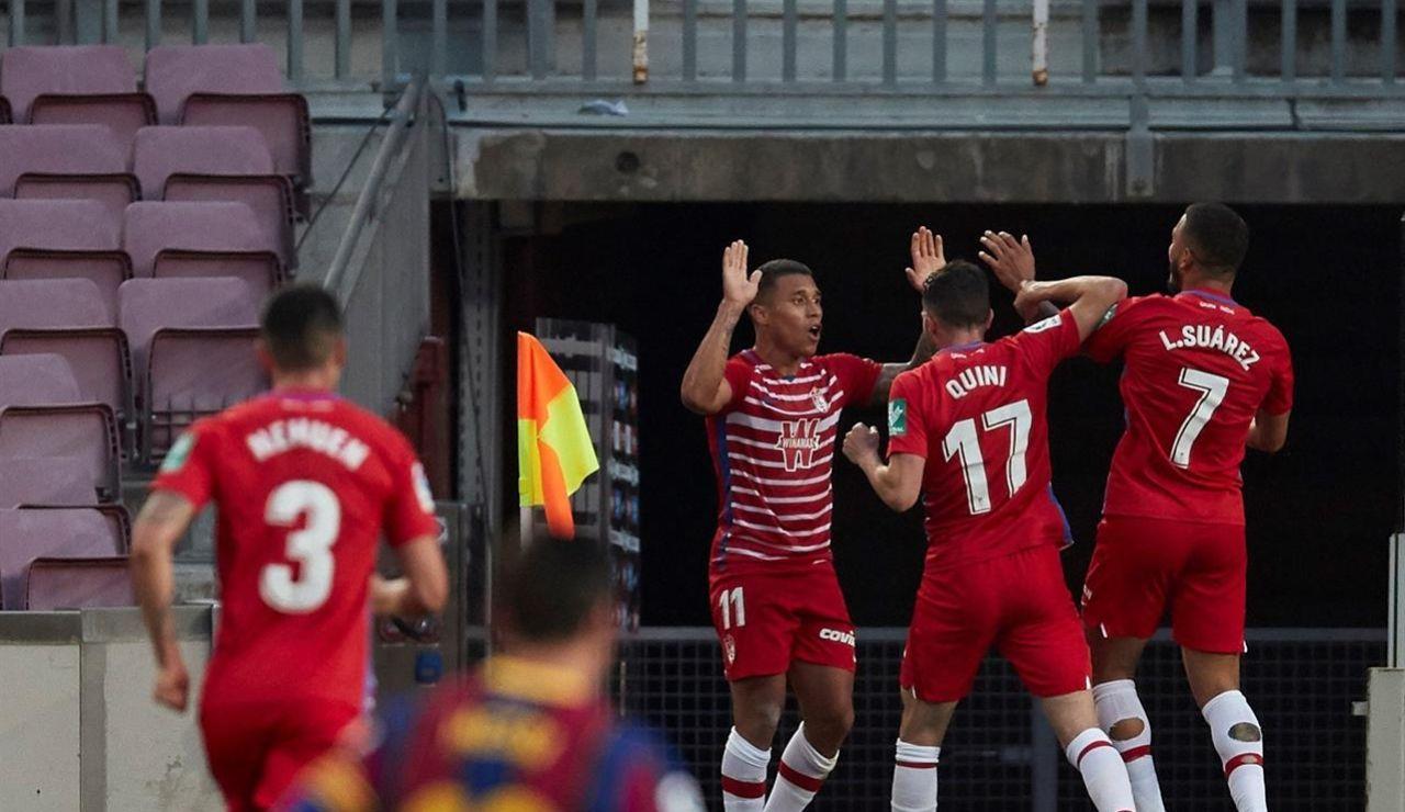 El Granada da la sorpresa en el Camp Nou y el Barcelona no asalta el liderato de la Liga