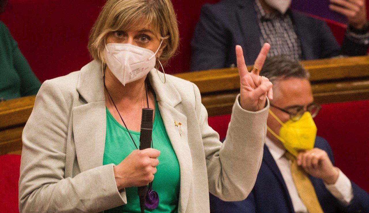 La consellera de Salud, Alba Vergès, durante el pleno del Parlament
