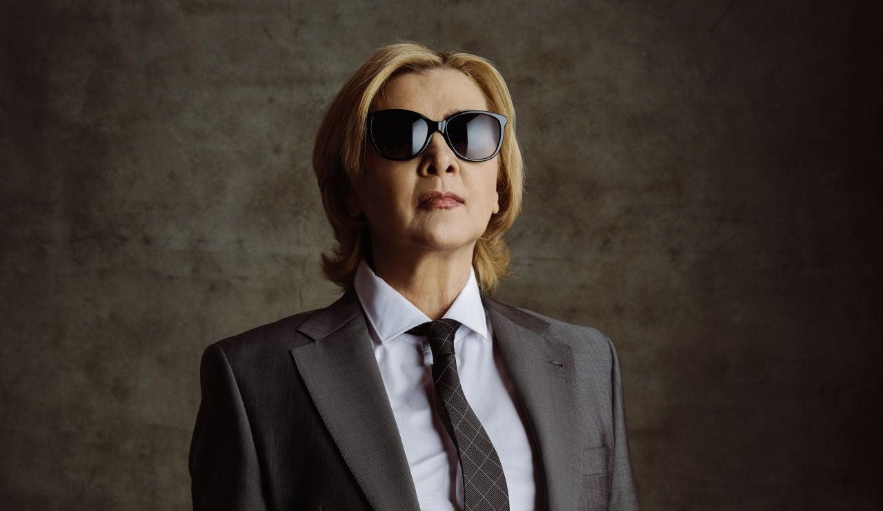 Amparo Larrañaga es la coronel Dolores Urbizu en 'Los hombres de Paco'