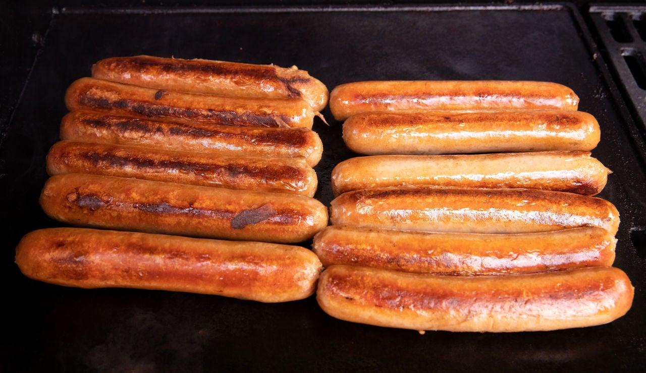 Alerta alimentaria por la presencia de caseína no declarada en unas famosas salchichas tipo Frankfurt