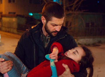 La inesperada reacción de Cemal, a punto de secuestrar a Öykü