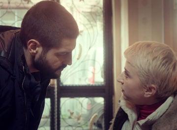 """Cemal, a un paso de la prueba definitiva para saber la verdad: """"¿Öykü es mi hija?"""""""