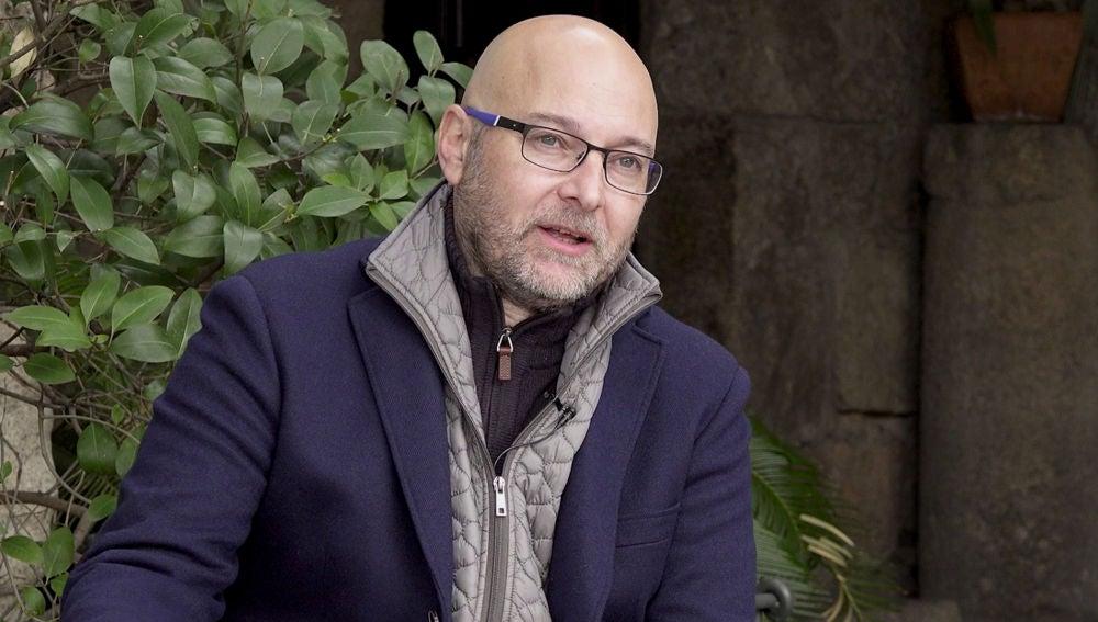 "Fernando J. Múñez, autor de 'La cocinera de Castamar', sobre la serie: ""Es una obra que nace de mi obra"""