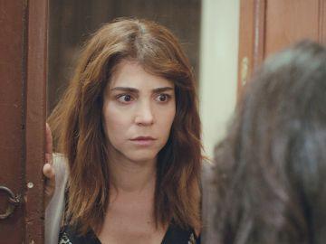 Avance de 'Mujer': Ceyda arrastra a Bahar a la trampa de Bersan