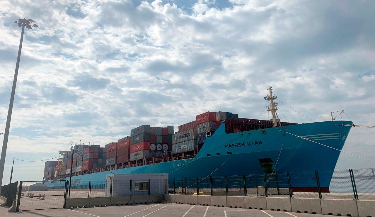 Confirman 13 positivos por coronavirus en los dos barcos en cuarentena en Valencia