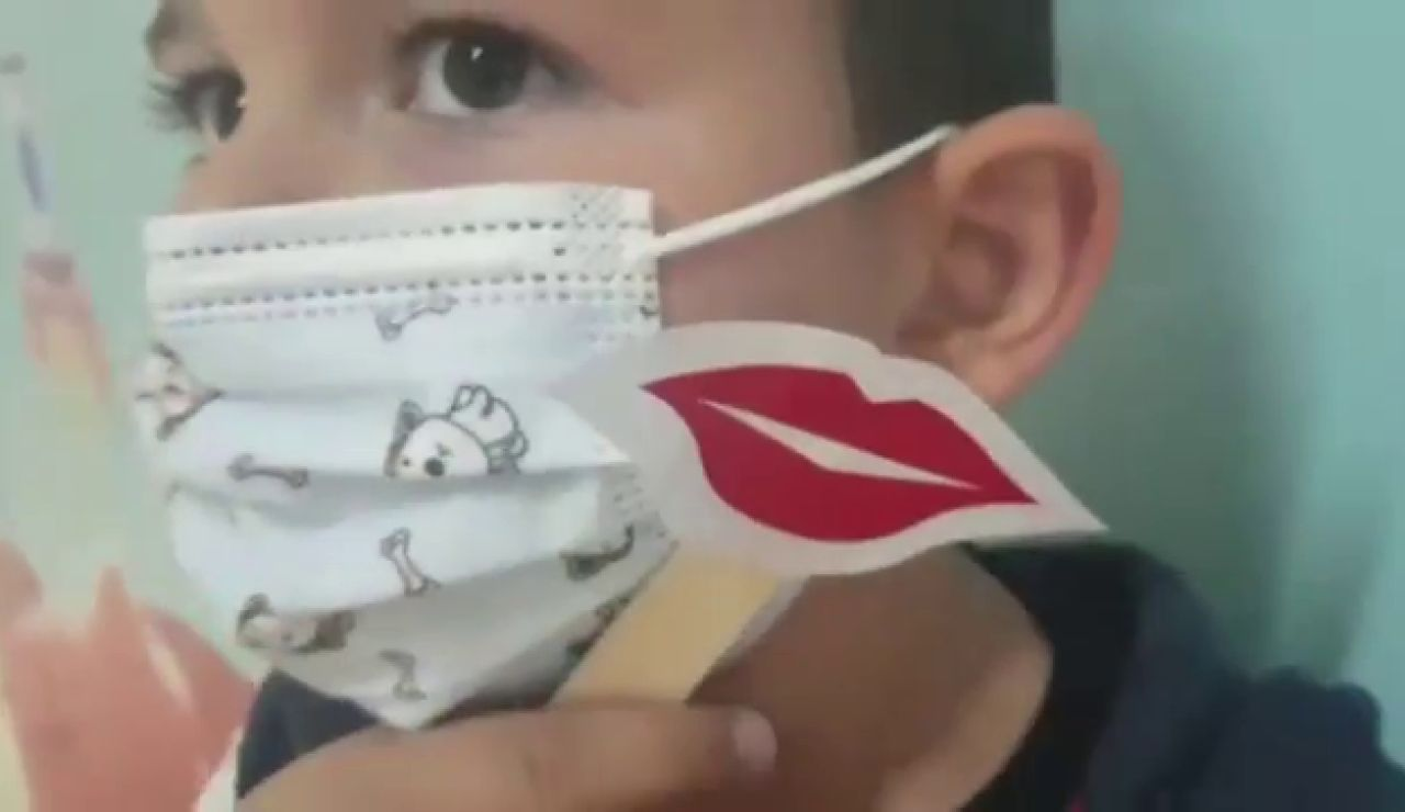 Besos virtuales y mensajes de cariño en el Día del Niño Hospitalizado