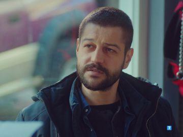 """Cemal: """"Me llevaré a mi hija, voy a quitársela a Demir"""""""