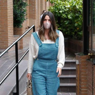 El cómodo y estiloso look de una embarazada Laura Matamoros