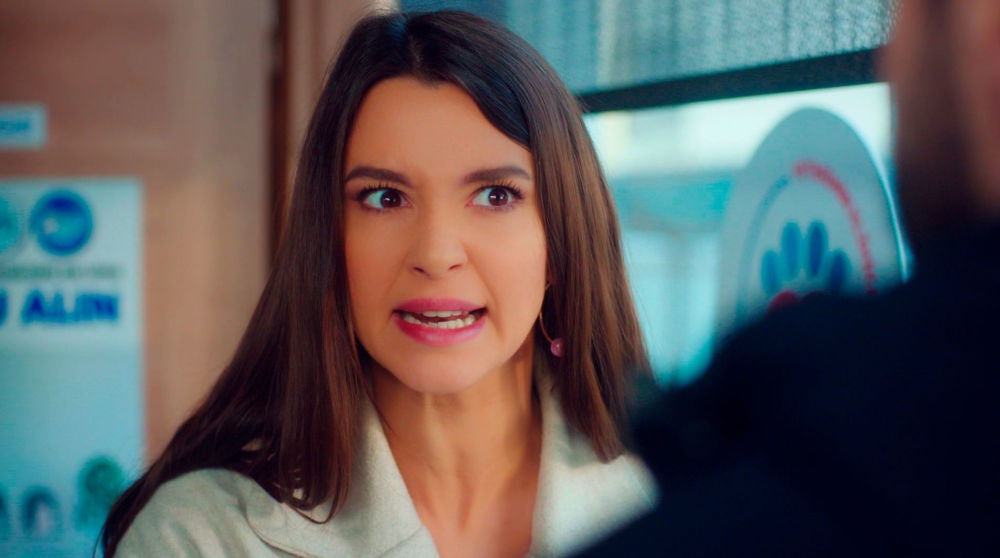 """Candan, furiosa y preocupada con la confesión de Cemal: """"Me llevaré a mi hija, voy a quitársela a Demir"""""""