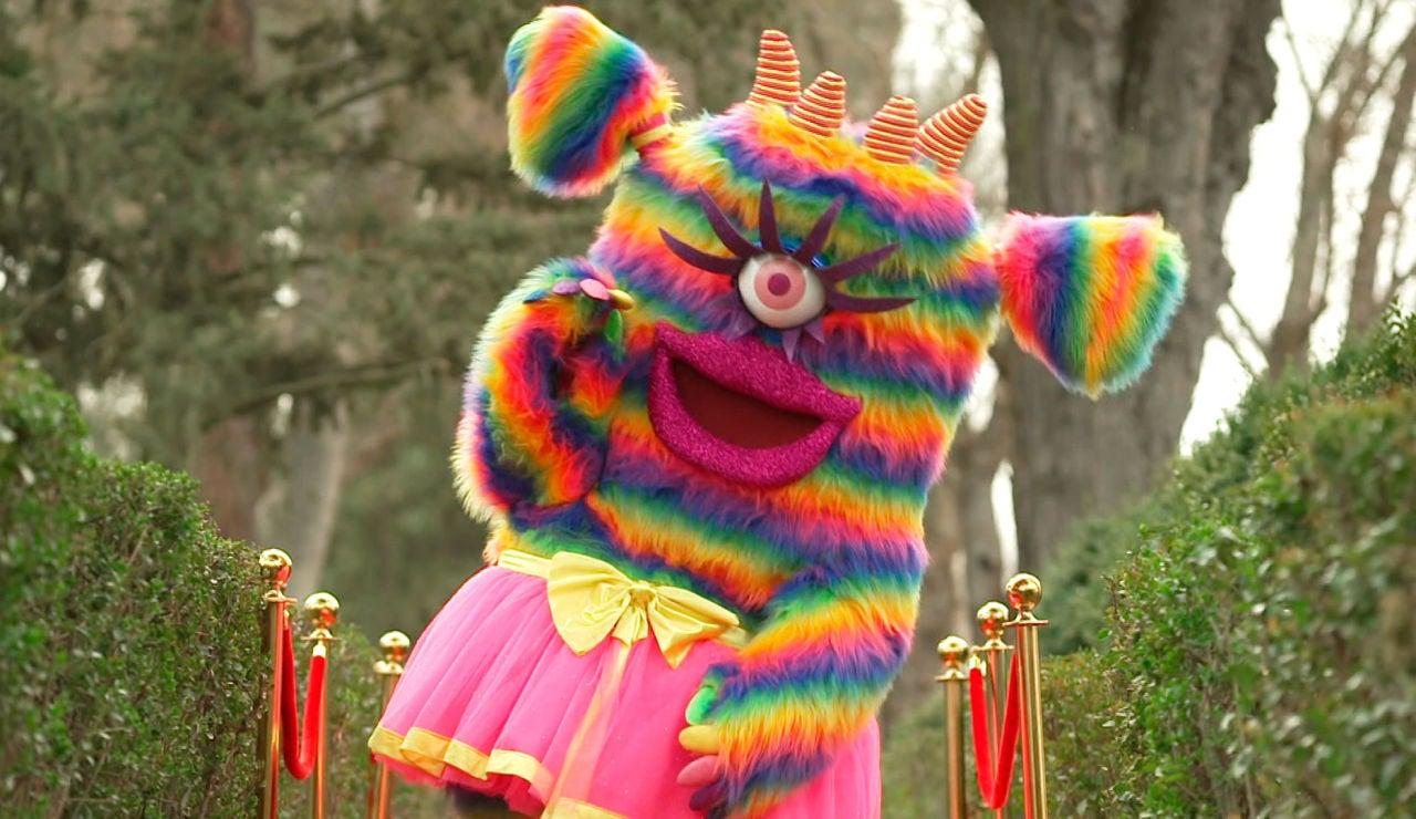 """Así es la Monstruita de 'Mask Singer', """"un arcoíris de pelo y fantasía"""""""