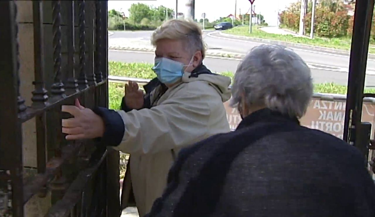 Los contagios y los fallecidos por coronavirus se desploman en las residencias gracias a la vacunación