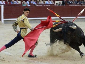 El torero Víctor Barrio durante una corrida