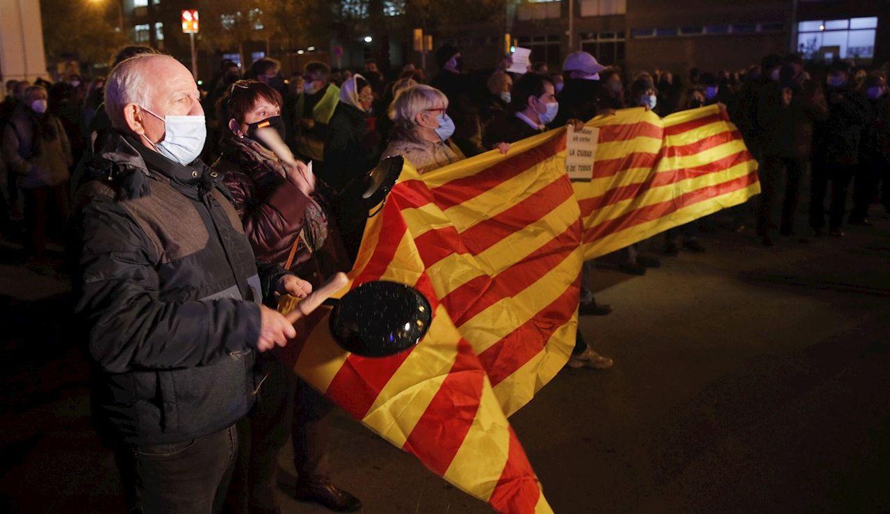 Varios colectivos independentistas, durante una concentración en Barcelon