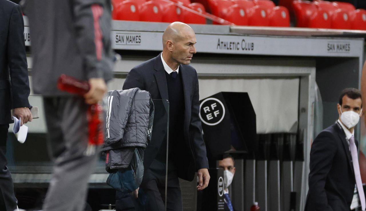 """Zidane: """"¿Cómo voy a decir a mis jugadores que me voy ahora? Es mentira"""""""