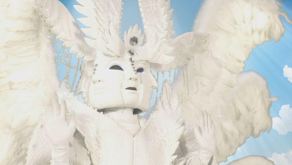 """El Ángel y sus mil caras conquista a los investigadores: """"Es inquietante y misteriosa"""""""
