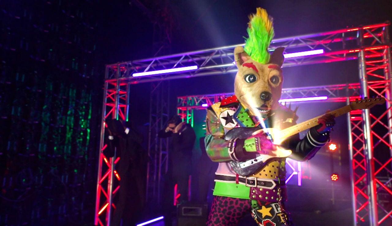 """La máscara más punky y rockera de 'Mask Singer 2': """"Perro es un cierra bares"""""""