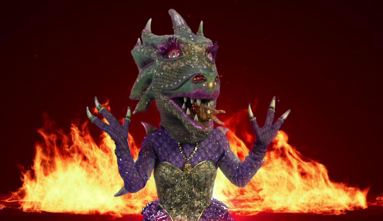 """La Dragona, puro fuego en 'Mask Singer': """"Tengo unas garras que ya quisiera Rosalía"""""""