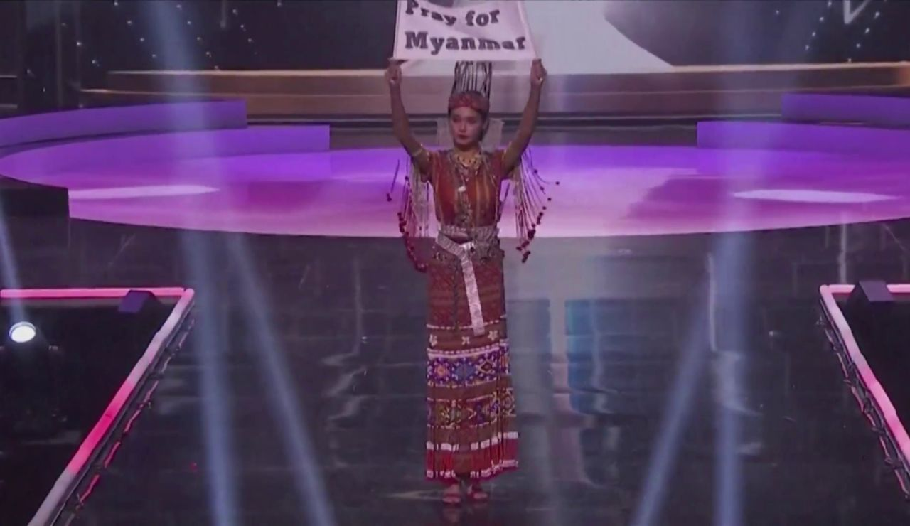 Miss Birmania aprovecha el certamen de Miss Universo para denuncia la represión militar en su país