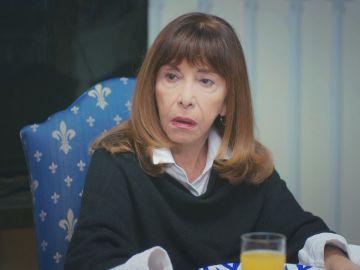 La reacción de Fazilet cuando Raif le revela su beso con Ceyda en 'Mujer'