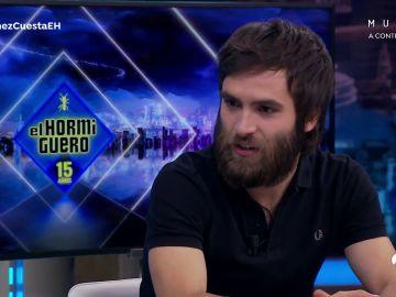 Pablo Motos sorpende a Ricardo Gómez con sus extraños utensilios de cocina