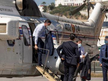 El presidente del Gobierno, Pedro Sánchez, a su llegada esta tarde a Ceuta