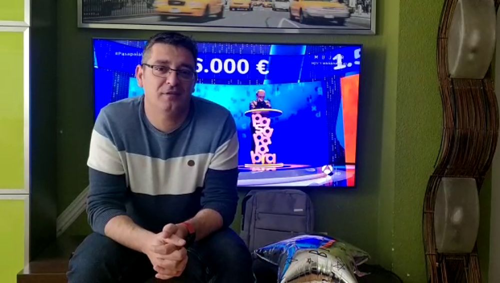 Luis de Lama felicita el aniversario de 'Pasapalabra'