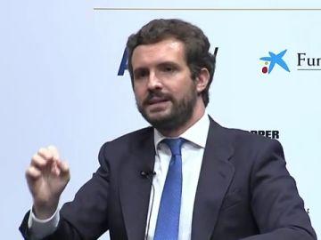 """Pablo Casado pide a la Comisión Europea que """"la vertiente migratoria se trate conjuntamente desde Frontex e instituciones comunitarias"""""""