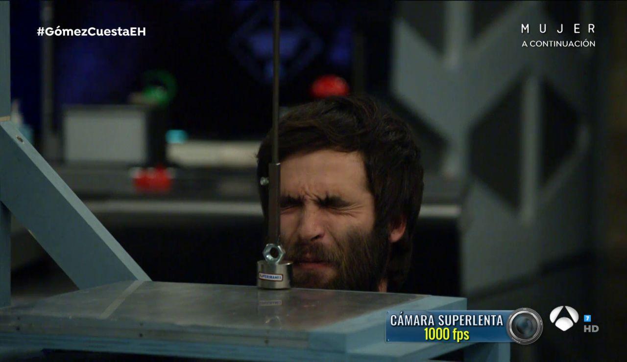 Ricardo Gómez, pura valentía al poner su cara como prueba en el experimento de 'El Hormiguero 3.0'