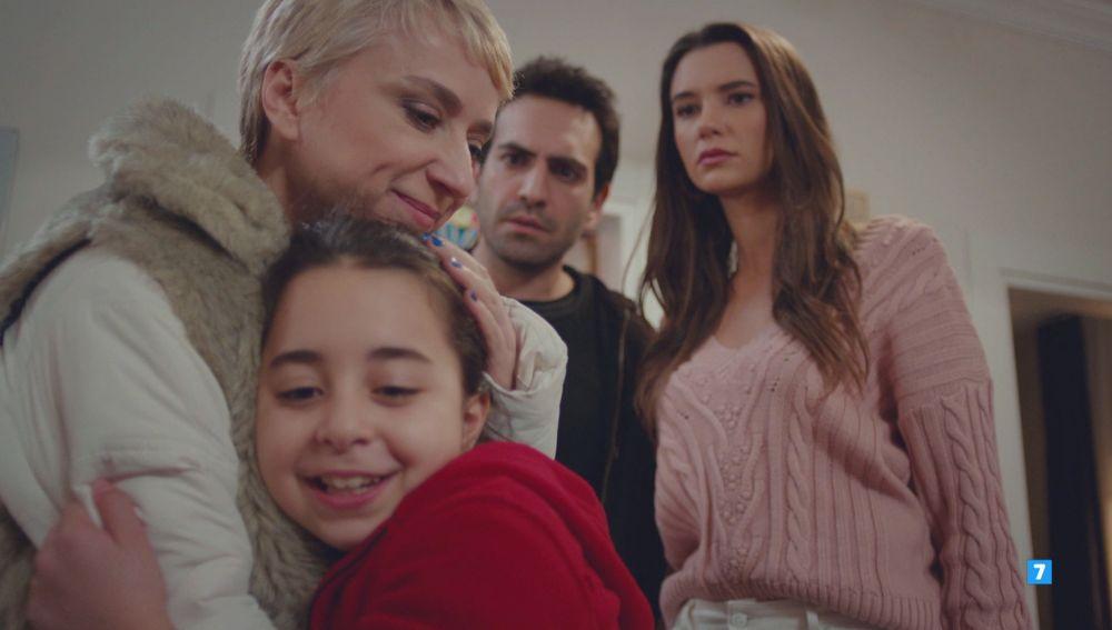 """Öykü recuerda a su tía con gran alegría: """"¿Yo conocía al señor Demir?"""""""
