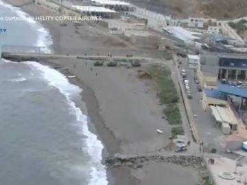 Playa de El Tarajal en Ceuta, frontera con Marruecos