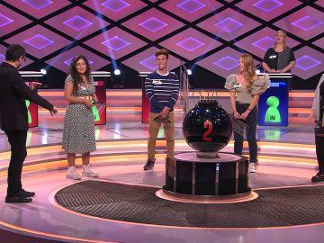 'Team rosco' quiere el bote de '¡Boom!'… ¡para pagar asignaturas que se les atragantan!