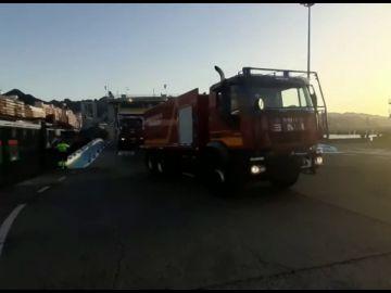El incendio forestal en Arico, cerca del Teide, sube a nivel 2 y la UME se suma a las tareas de extinción