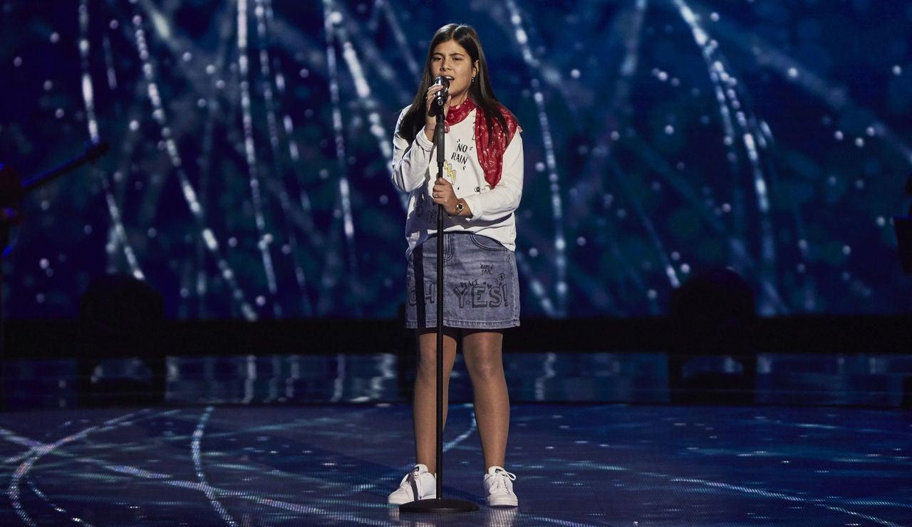 Candela San Juan canta 'Con la miel en los labios' en las Audiciones a ciegas de 'La Voz Kids'