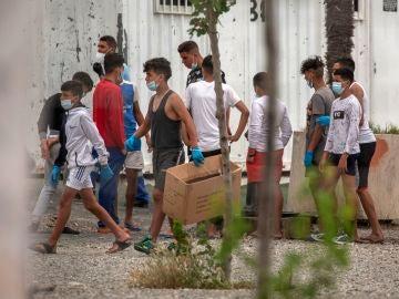 El Gobierno destinará 5 millones de euros a las comunidades que acojan menores migrantes llegados a Ceuta