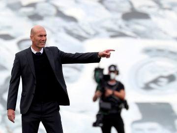 """Zidane, sobre su futuro: """"Mi estado de ánimo es jodido"""""""