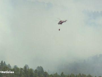 Estabilizado el incendio de Tenerife que ya ha quemado 3.000 hectáreas, aunque no se descarta su peligrosidad