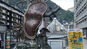 Escultura de Dalí en Andorra