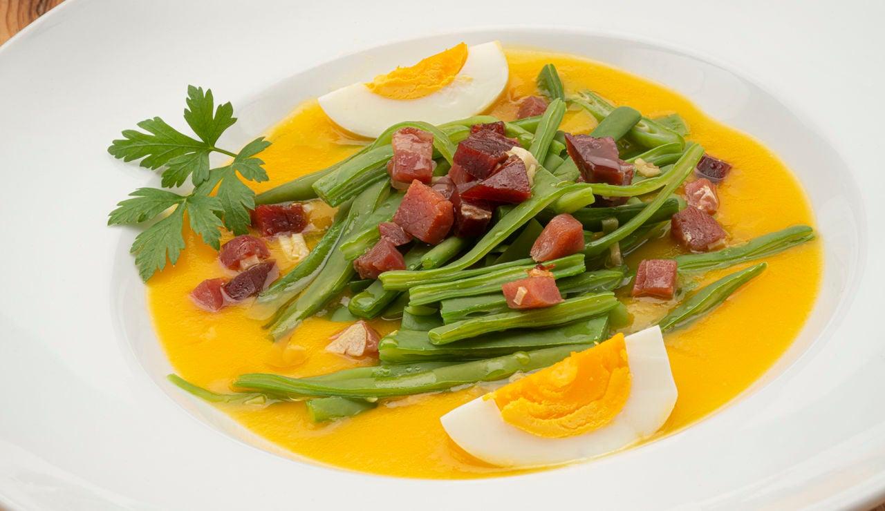 Receta digestiva de Karlos Arguiñano: judías verdes con puré de zanahoria