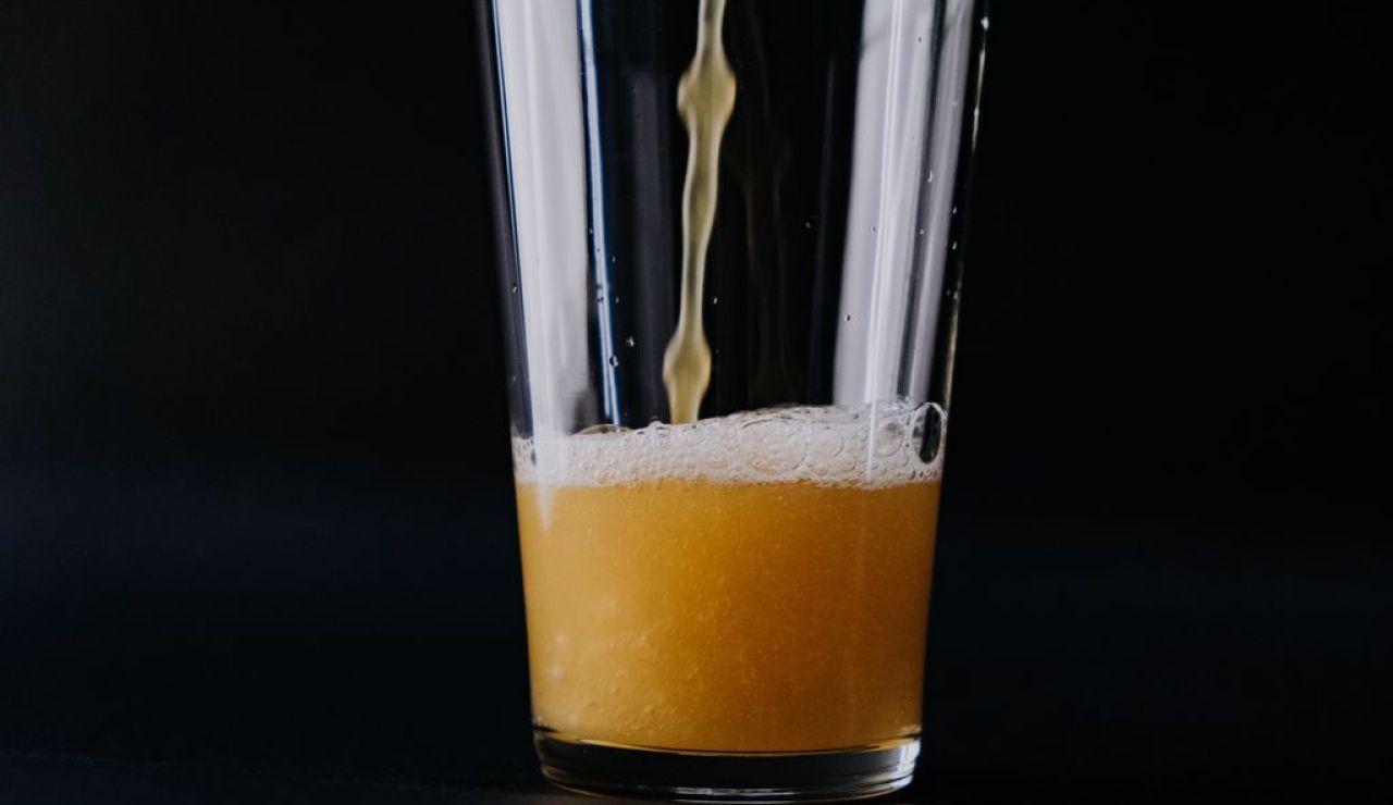 ¿Cuántas calorías tiene la sidra? Propiedades de la nueva alternativa a la cerveza, el vino o el vermú