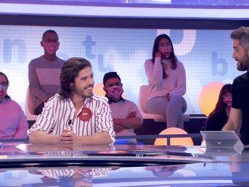 """El cambio de look de Roi Méndez, a debate en el """"crossover definitivo"""" con Roberto Leal"""