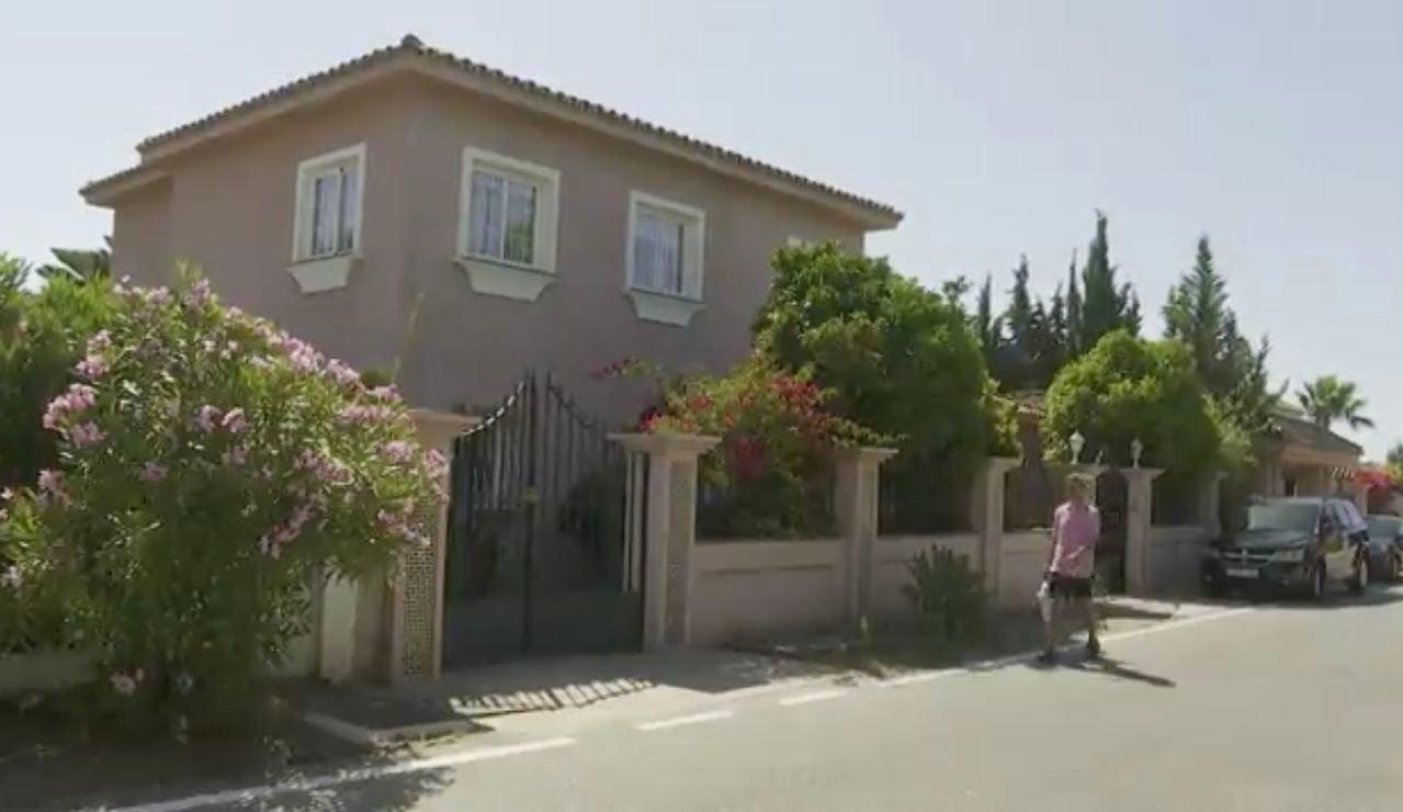 La villa de lujo okupada en Marbella.
